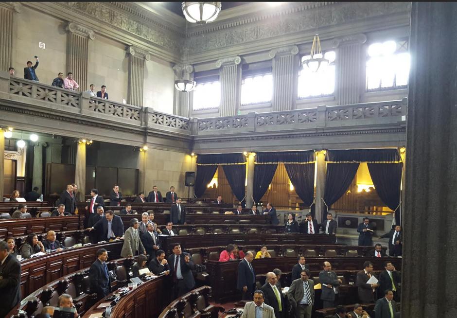 Los diputados votaron por levantar la sesión sin haber aprobado el Presupuesto 2016. (Foto: Soy502)