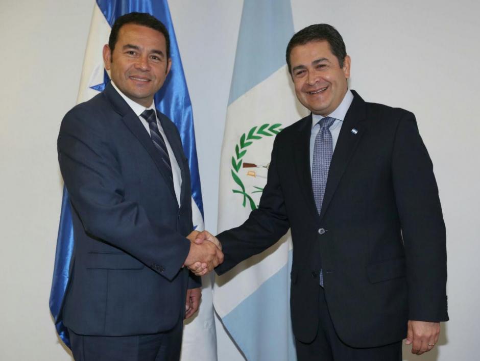 En Honduras, Jimmy Morales fue recibido por el presidente Juan Orlando Hernández. (Foto: Presidencia Honduras)