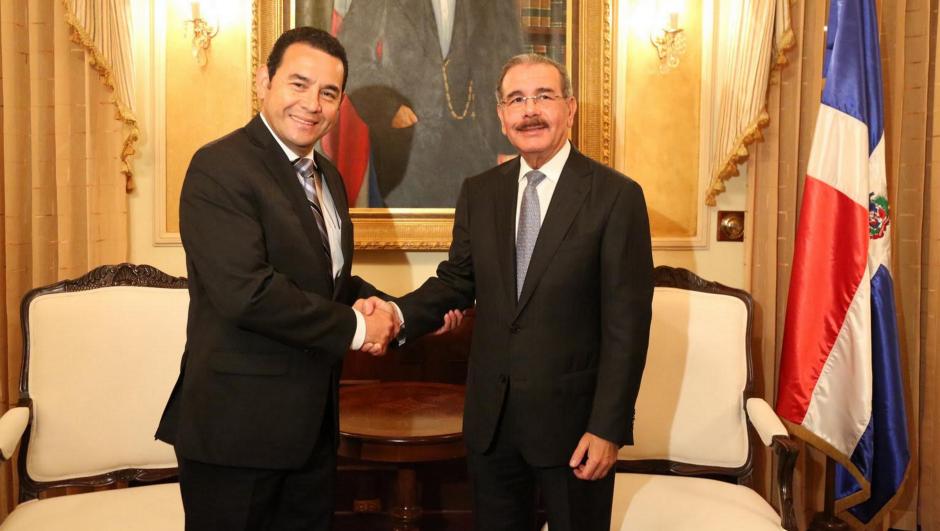 En República Dominicana, Jimmy Morales fue recibido por el presidente Danilo Medina. (Foto: Presidencia República Dominicana.)