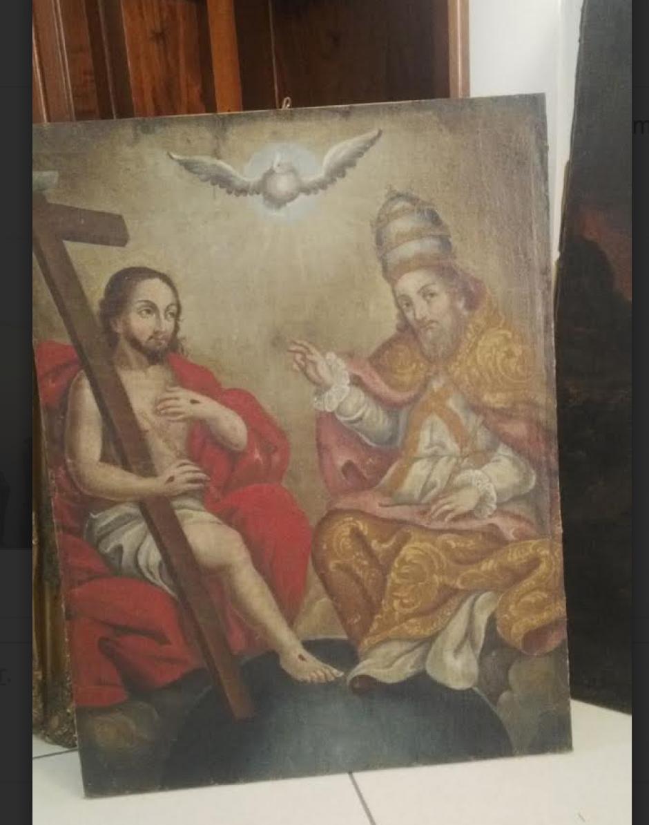 Todas las obras de arte encontradas en el allanamiento tienen temas religiosos. (Foto: PNC)