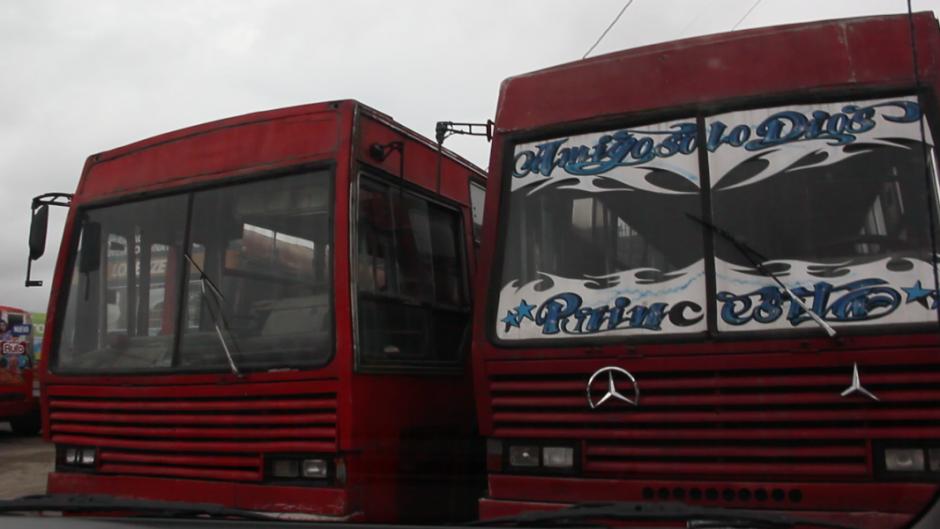 Varios buses urbanos ya cuentan con el sistema. Sin embargo, el poco mantenimiento a las unidades hace que la medición sea un poco más complicada.(Foto: Fredy Hernández/Soy502)