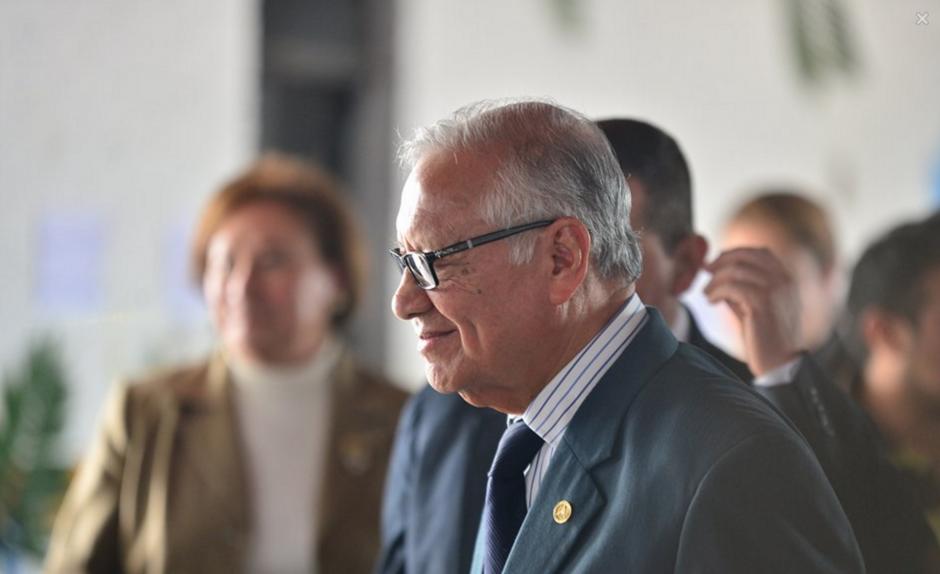 El presidente Maldonado contó anécdotas y dio un mensaje a los niños. (Foto: Wilder López/Soy502)