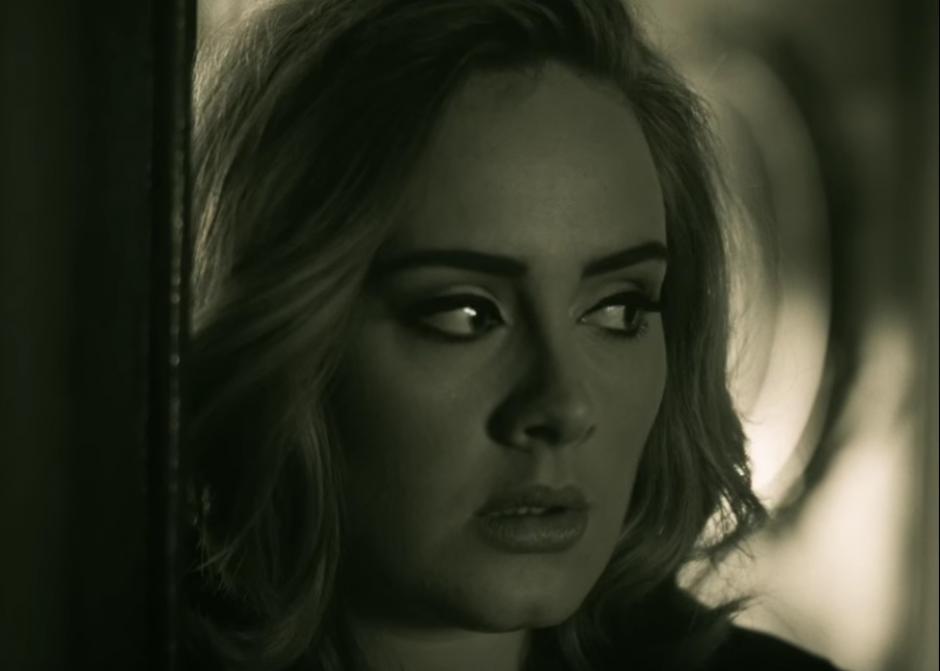 """Hello"""", de Adele, se convirtió en el vídeo que más rápido alcanzó la cifra de 100 millones de reproducciones en la historia del portal. (Foto: YouTube)"""