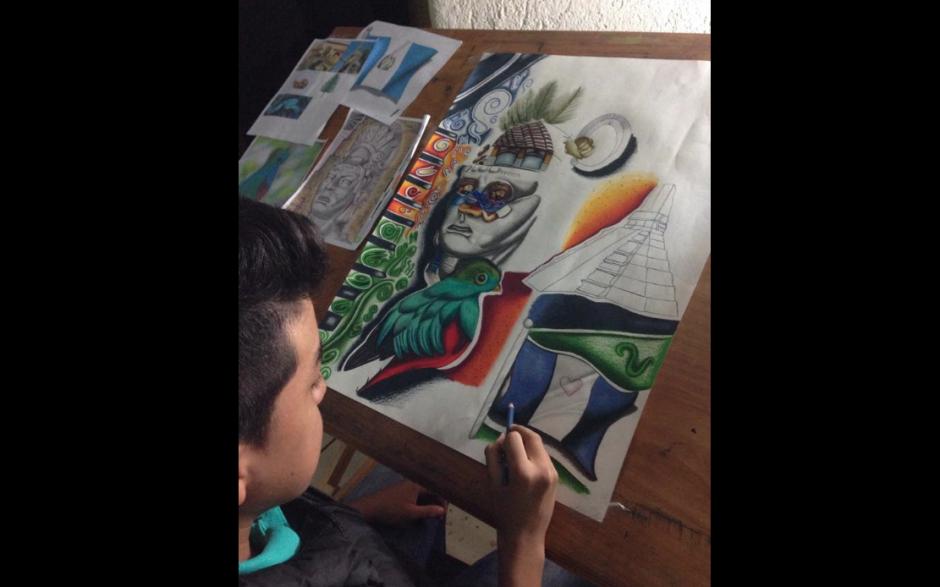 Alejandro se expresa de diversas maneras con su arte. (Foto: Alejandro Requena)