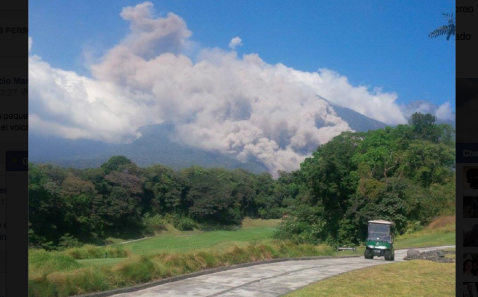 El volcán de Fuego inició de nuevo su actividad eruptiva este miércoles 30 de diciembre. (Foto: Conred)