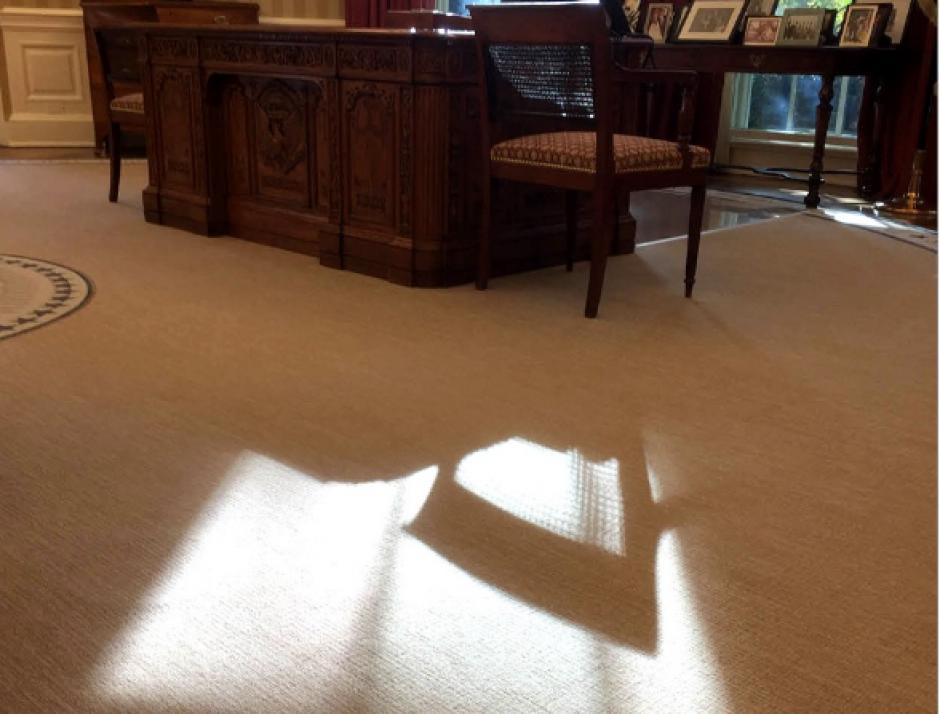 Muchas imágenes en contra luz en la Casa Blanca fueron las mejores del fotógrafo. (Foto: @PeteSouza)