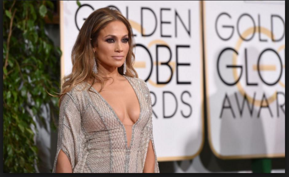 En enero, la cantante y actrizJennifer Lópezacaparó todas las miradas en los premios Golden Globes en Beverly Hills. (Foto: People)