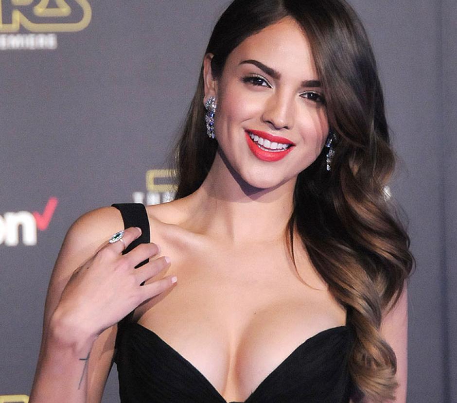 Eiza González, la actriz mexicana en el estreno de la cinta Star Wars, en Hollywood. (Foto: People)