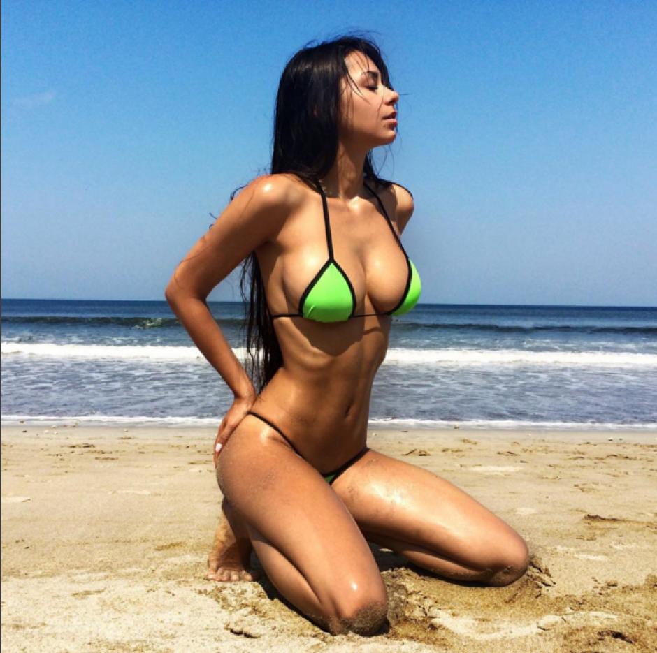 Helga Lovekaty modelo James Rodríguez foto 05
