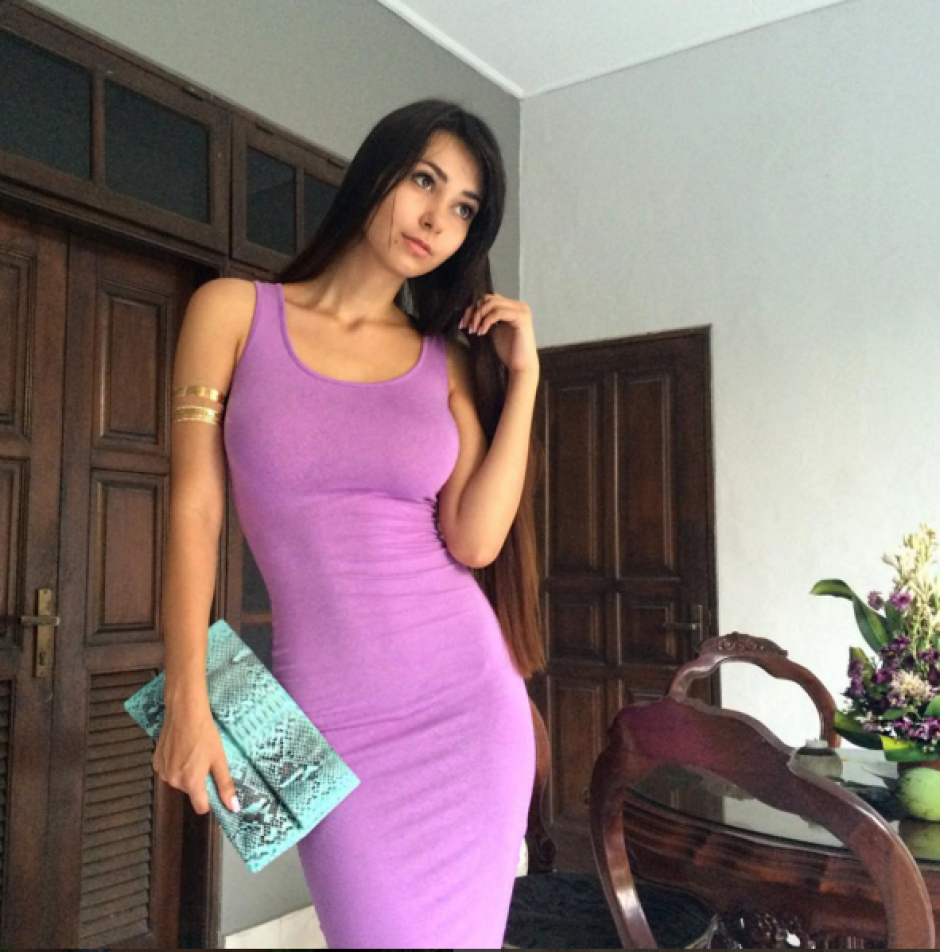 Helga Lovekaty modelo James Rodríguez foto 09