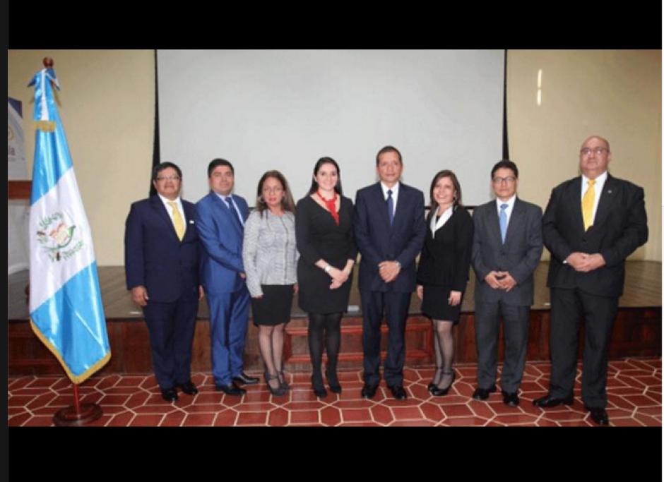 Juan Adriel Orozco fue juramentado este martes como coordinador general de la Unidad para la Prevención Comunitaria contra la Violencia del Ministerio de Gobernación. (Foto: Mingob)