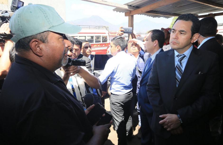 Debido a los últimos ataques a buses, el presidente dialogó con los pilotos. (Foto: Presidencia)