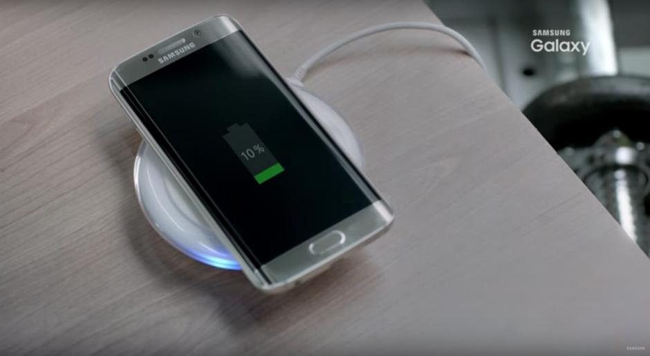 El nuevo S7 de Samsung, cuenta con un novedoso y rápido sistema de carga. (Foto: Captura de YouTube)