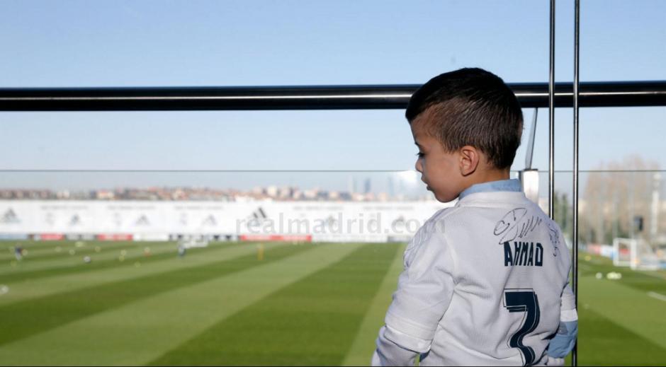 Ahmad tuvo un lugar privilegiado en las instalaciones del equipo. (Foto: Real Madrid)
