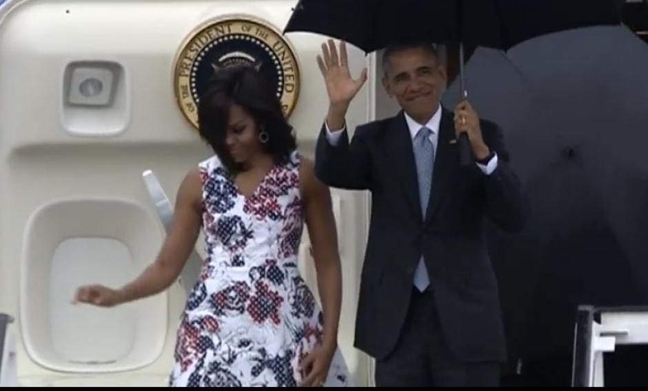 Obama llegó a Cuba junto con su familia y saludó con un tweet. (Foto: Captura CNN)