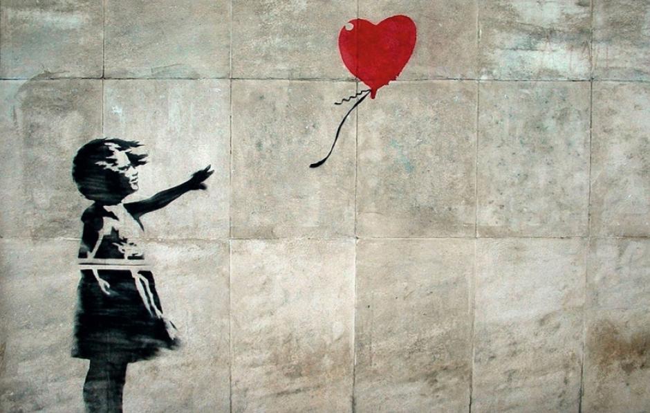 A Banksy le encanta ese juego del gato y el ratón porque el anonimato es parte de su crítica al mundo del arte. (Foto: mott.pe)