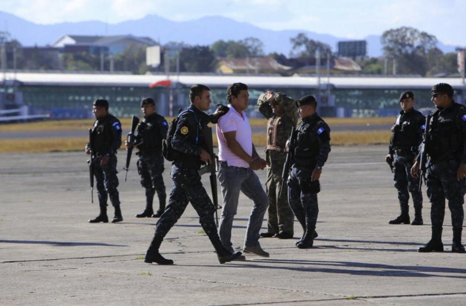 Los integrantes de la familia Mendoza fueron trasladados desde Izabal. (Foto: Mingob)
