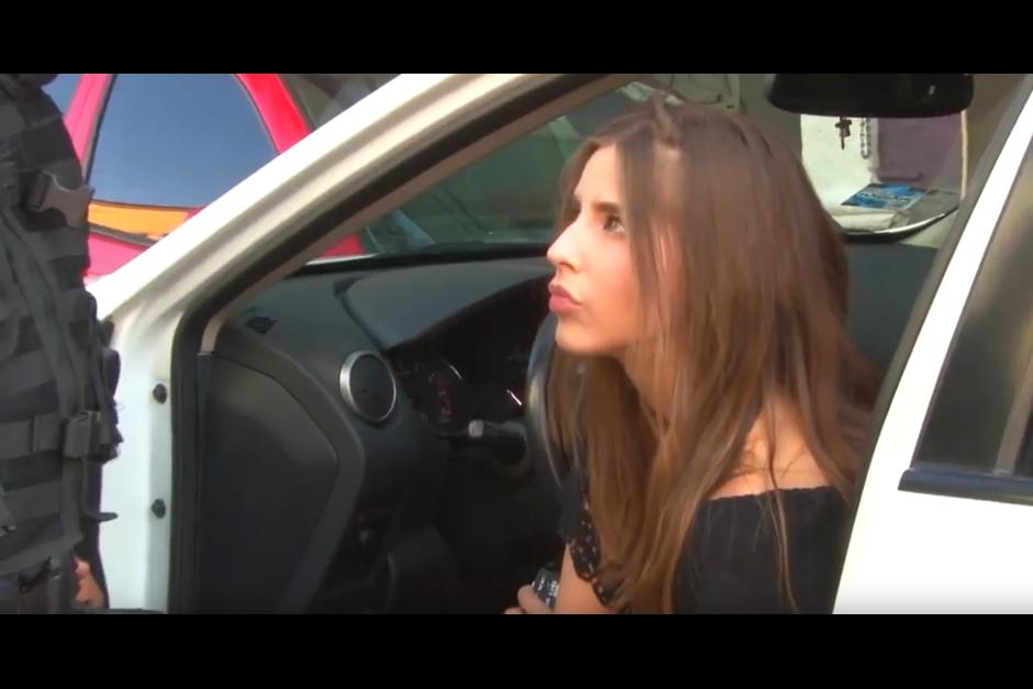 Una joven de 18 años en estado de ebriedad choca. (Foto: Óscar Aguilar/YouTube)
