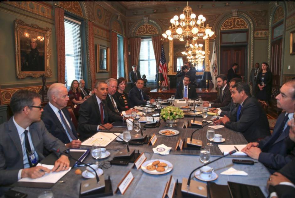 En la reunión participaron los presidentes de Honduras, Guatemala y El Salvador. (Foto: Presidencia)