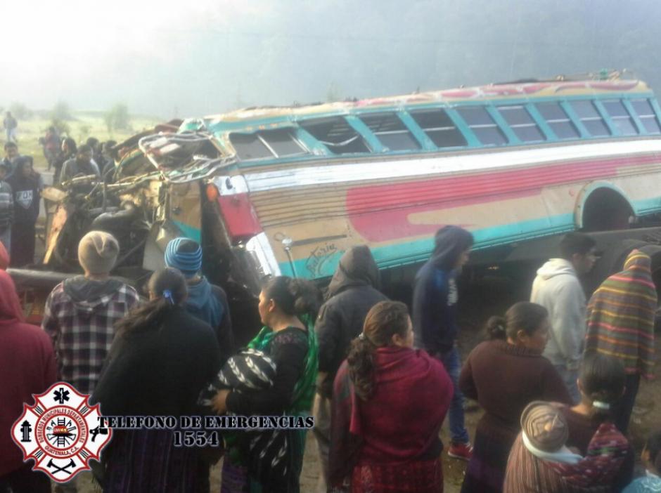 Se desconocen los motivos que habrían provocado los accidentes de tránsito.(Foto: Bomberos Municipales Departamentales)