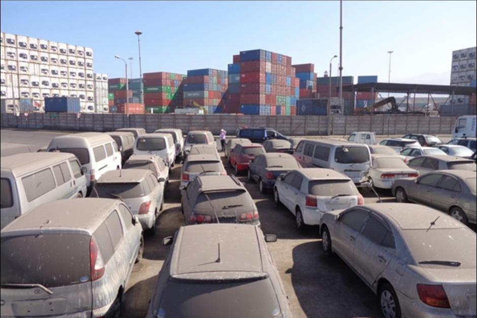 Los vehículos se encontraban en la aduana de Puerto Barrios, Izabal. (Imagen con fines ilustrativos)