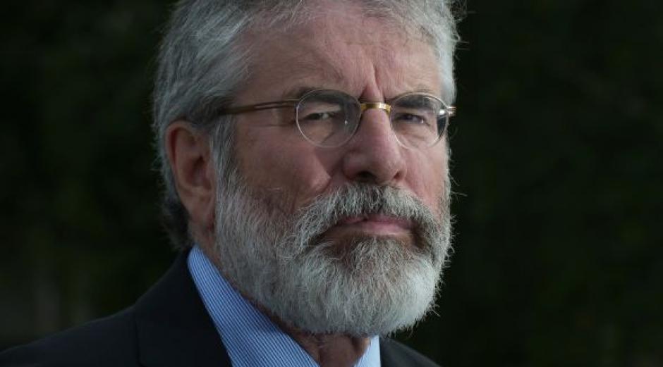 """La """"not face"""" reflejada en el político norirlandés Gerry Adams. (Foto: Irish Times)"""