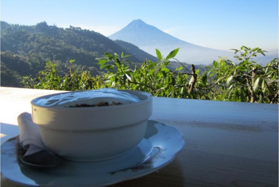 Los volcanes se pueden contemplar desde el lugar. (Foto: Earth Lodge)