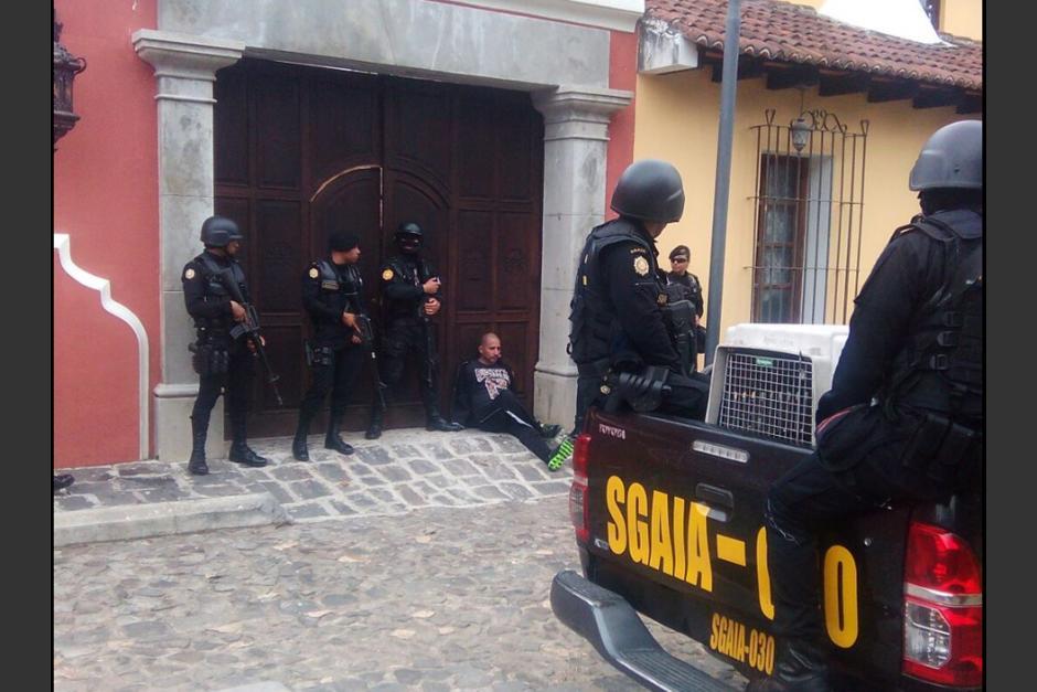 """En el operativo fue capturado Marlon Francesco Monroy Meoño alias """"Teniente Fantasma o M3"""". (Foto: PNC)"""