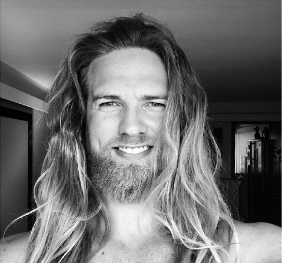 El noruego de 33 años posee el estilo de un dios asgardiano. (Foto: Instagram/lasselom)