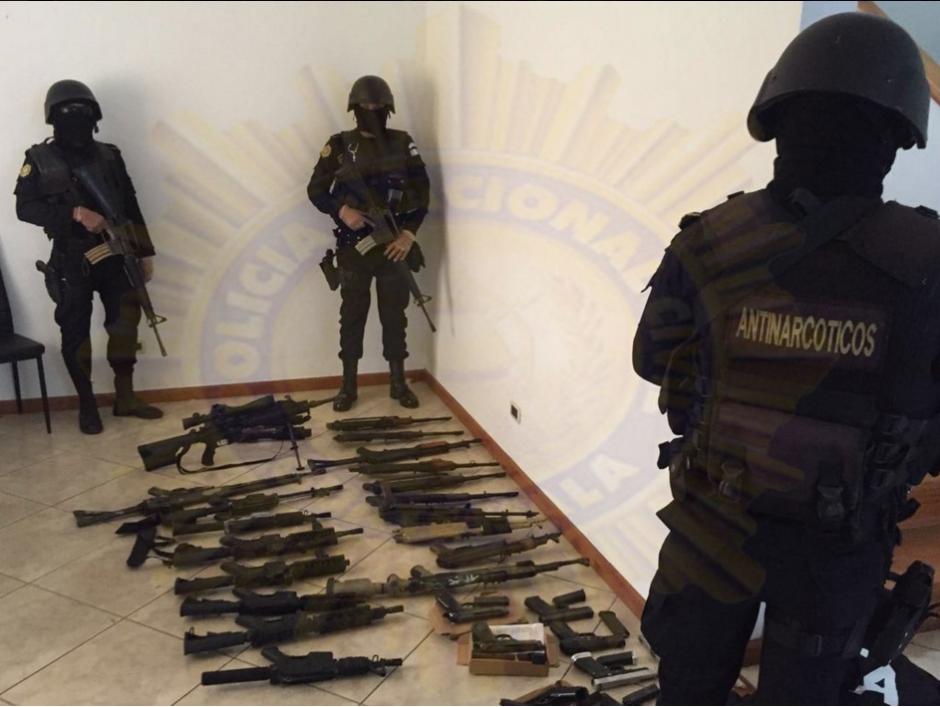 """Los allanamientos se derivaron de la captura del supuesto narcotraficante """"El Fantasma"""" el pasado sábado. (Foto: cortesía PNC)"""