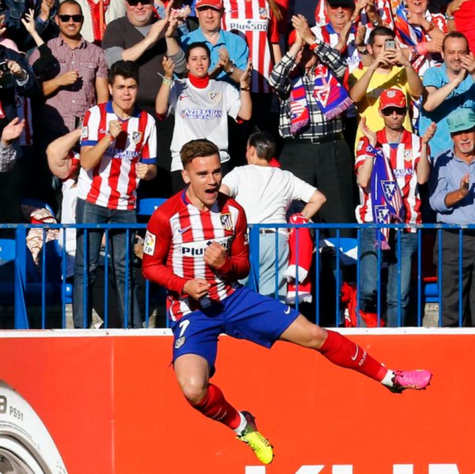 Griezmann celebra su anotación ante el Rayo Vallecano. (Foto: Twitter/Atlético de Madrid)