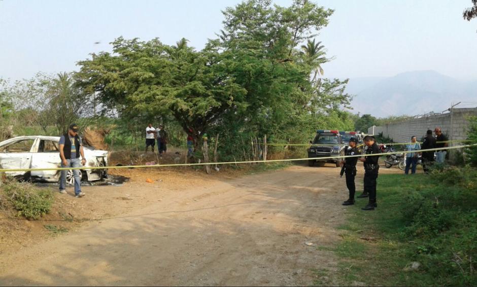 La Policía Nacional Civil (PNC) y el Ministerio Público (MP) trabajaron en la escena. (Foto: Facebook/Noticias de Oriente)