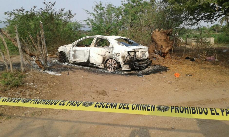 Los vecinos alertaron del hallazgo del auto y el cuerpo calcinado. (Foto: Facebook/Noticias de Oriente)