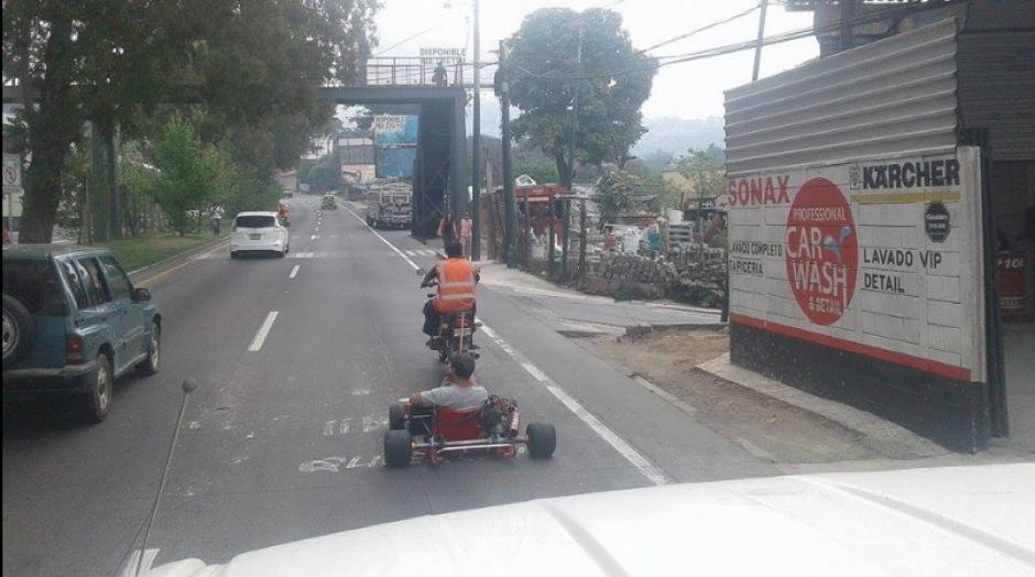 Los usuarios denunciaron esta actividad en la carretera. (Foto: Twitter/SacStarNews)