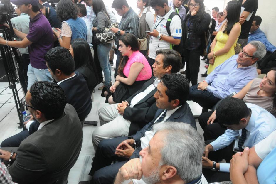 A la audiencia también fueron trasladados los implicados en el caso La Línea que fueron beneficiados con medida sustitutiva. (Foto: Alejandro Balán/Soy502)