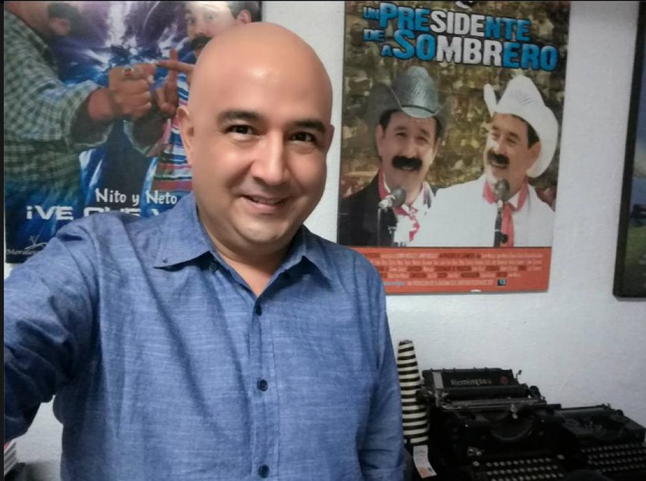 El hermano del Presidente dijo haberse cortado el cabello para no parecerse a Jimmy Morales. (Foto: Facebook/Sammy Morales)