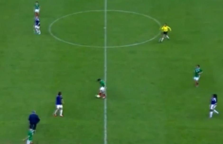 """Mourinho protagonizó un curioso """"blooper"""" durante un juego amistoso en México"""