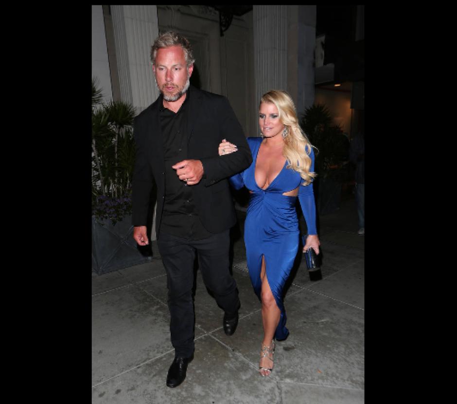 La actriz estadounidense fue captada con un vestido azul. (Foto: Xpoburephotos.com)