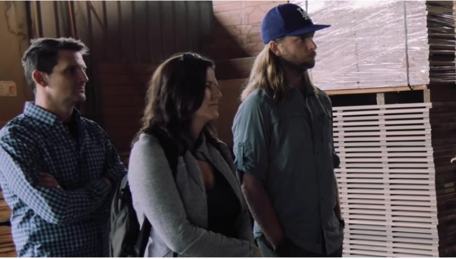 Dos músicos de la banda estadounidense Maroon 5 participaron en un documental de Reverb, una organización ambientalista. (Captura YouTube)