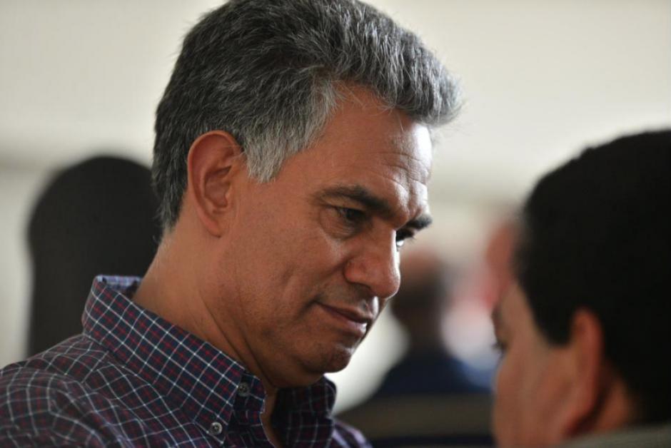 En el caso del exsuperintendente Carlos Muñoz, el embargo también alcanzó a uno de sus hijos. (Foto: Archivo/Soy502)