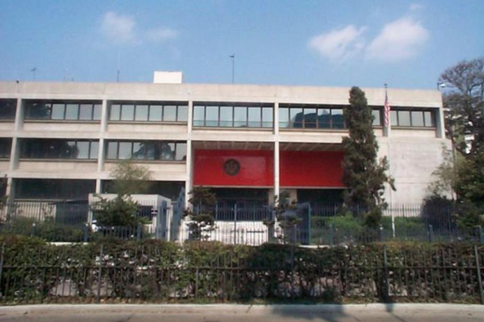 La PMT cerró el paso en las cercanías de la Embajada. (Foto: Archivo/Soy502)