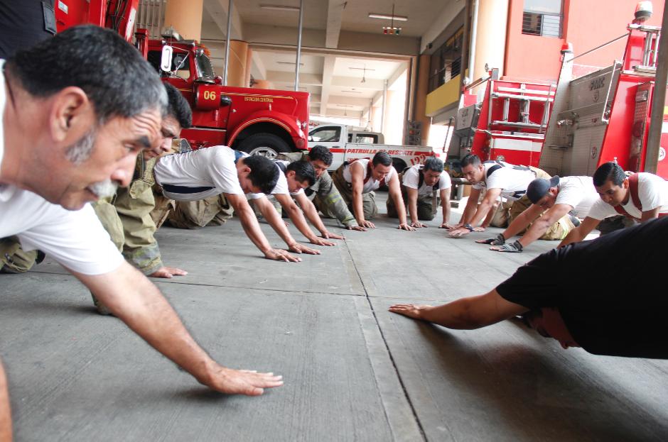 El entrenamiento es ofrecido por un entrenador con experiencia. (Foto: Jorge Sente/Nuestro Diario)
