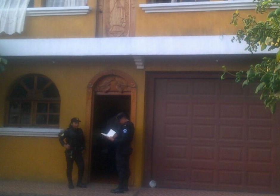 La PNC y el MP realizaron capturas en La Democracia, Escuintla por casos de corrupción. (Foto: PNC)