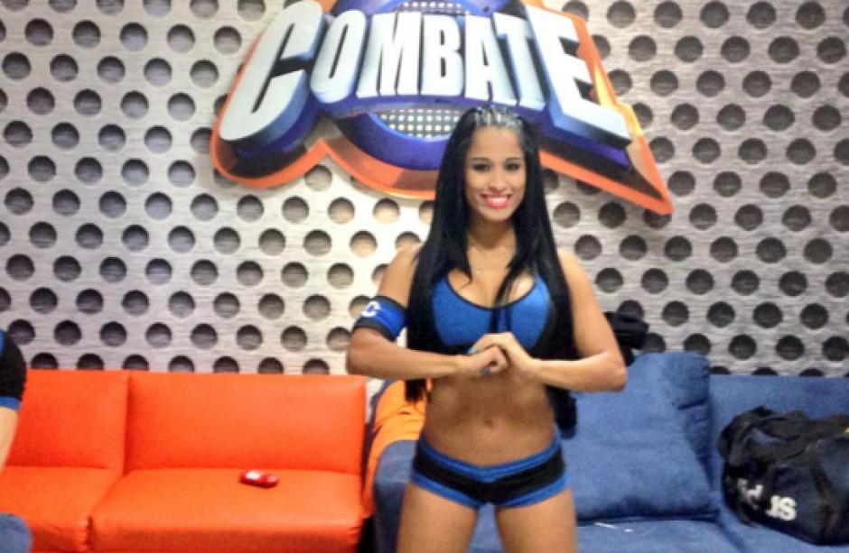 Renata pertenece al equipo azul de Combate. (Imagen: FB Combate Guatemala)
