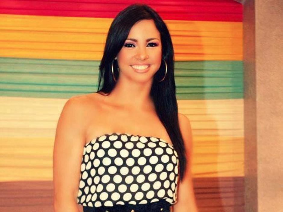 La modelo y bailarina Paloma Fiuza participó en Combate Perú. (Foto: Facebook/Paloma Fiuza-Combate)