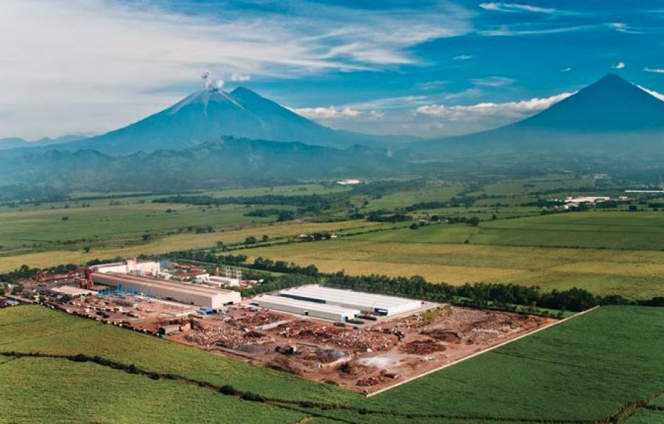 Debido a las multas e intereses, Aceros de Guatemala pagó más de 700 millones de quetzales a la SAT, tras la intervención. (Foto: Facebook/Aceros de Guatemala)