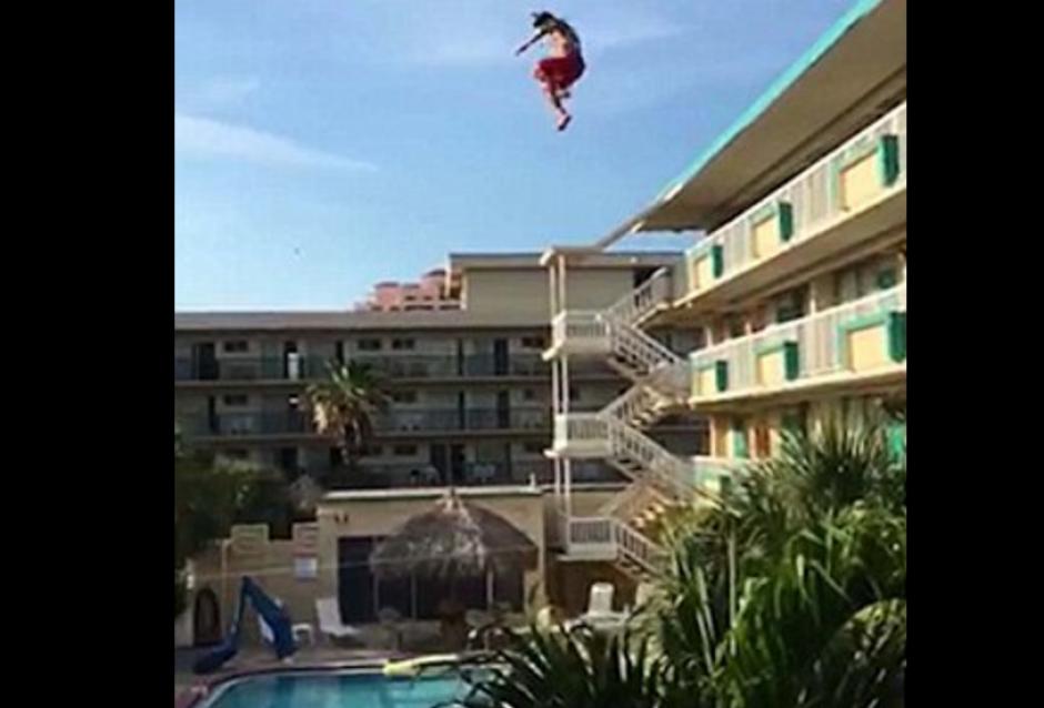 Otro amigo realizó la grabación desde otro lugar del hotel. (Foto: dailymail.co.uk)