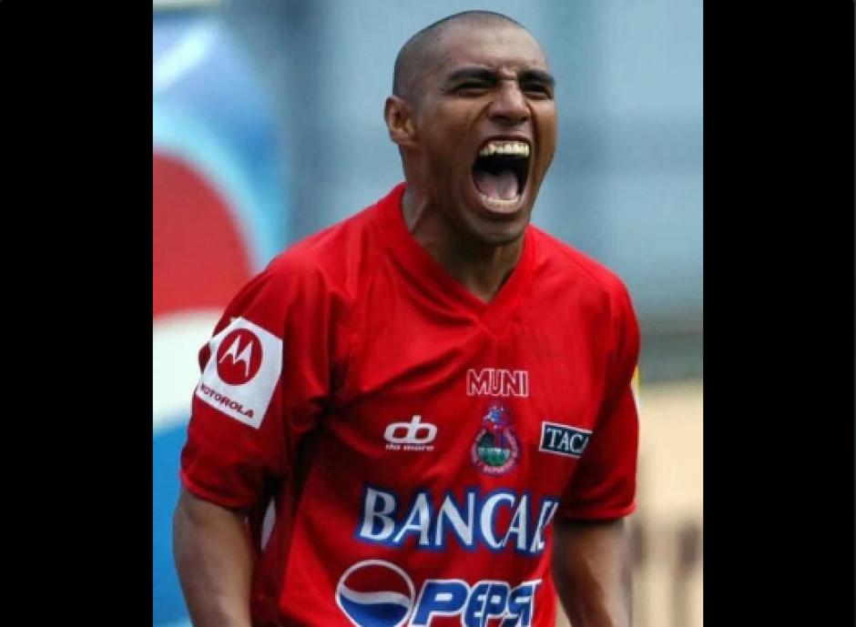 Los aficionados Rojos tampoco faltaron en las redes. (Foto: Twitter/@TekunVive)