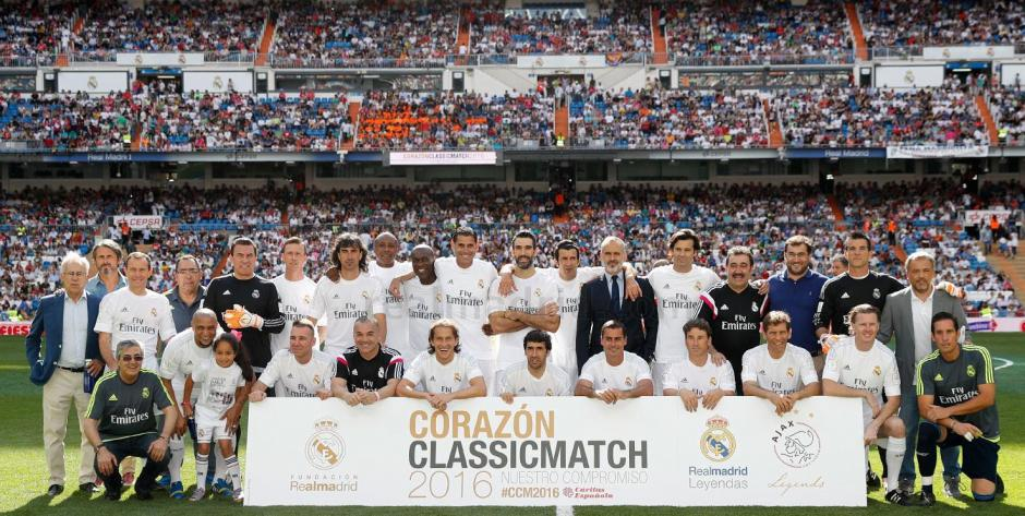 """El estadio blanco disfrutó de la séptima edición del """"Corazón Classic Match"""" que disputó el Real Madrid Leyendas y el Ajax Leyendas. (Foto: Real Madrid)"""