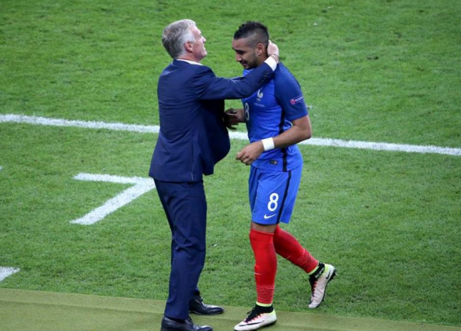 El jugador salió de cambio antes de finalizar el partido. (Foto: Diario Récord)